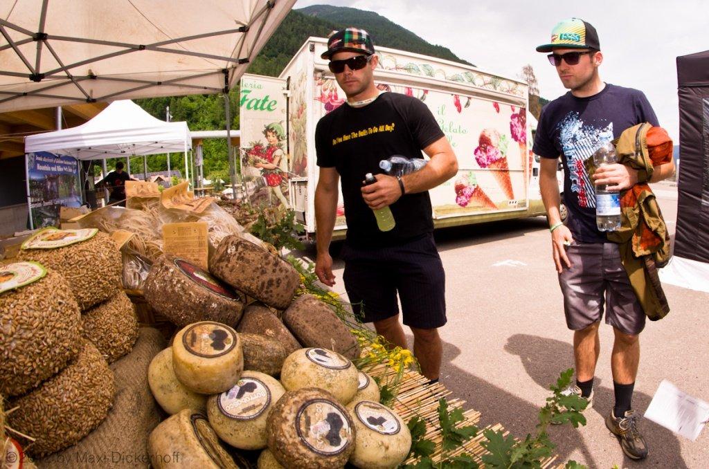 Mick Hannah und Couscous - Wochenmarkt