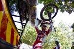 Greg Minnaar off for uphill