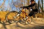 Kai Christian am Kurvenausgang - Er braucht eigentlich nur ein Hinterrad