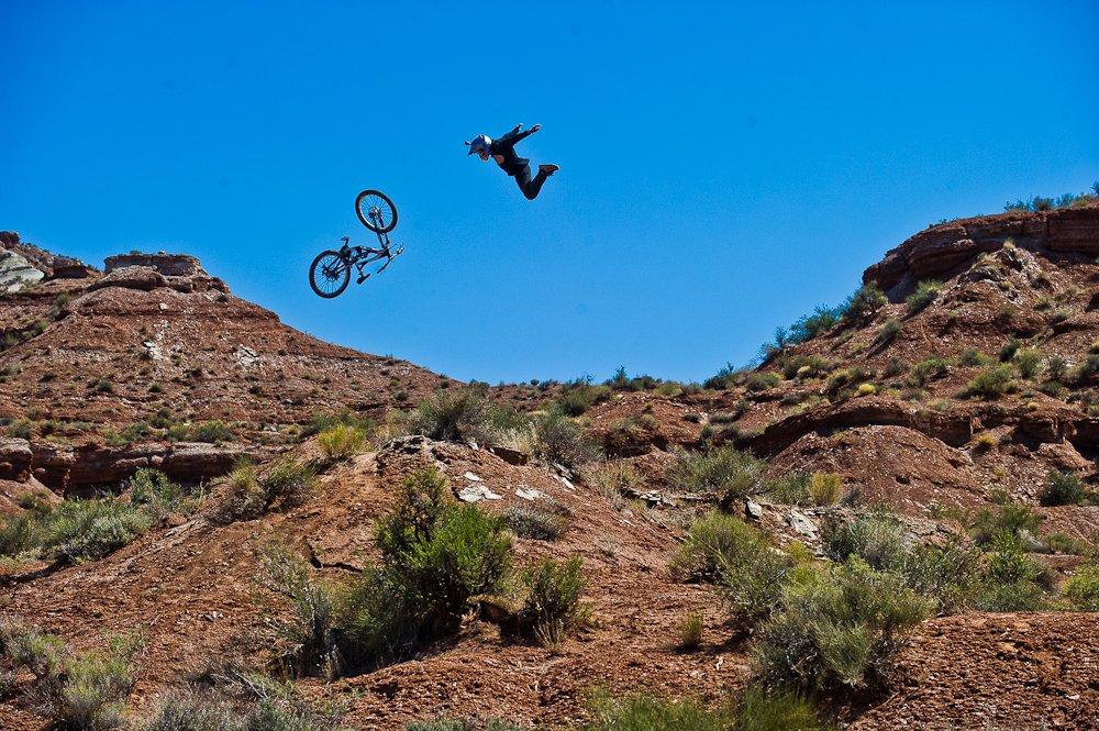 Red Bull verleiht Flügel? Andreu in Utah - Foto: Blake Jorgenson/Red Bull Content Pool
