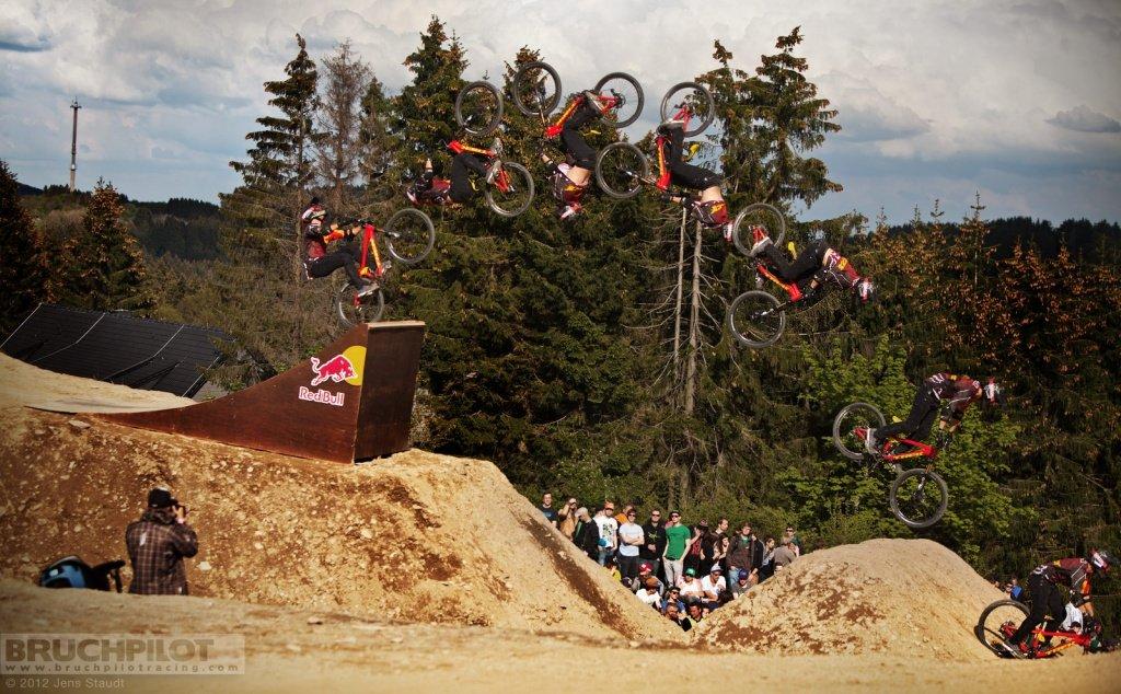 McCaul Flipsequenz - Red Bull Bergline