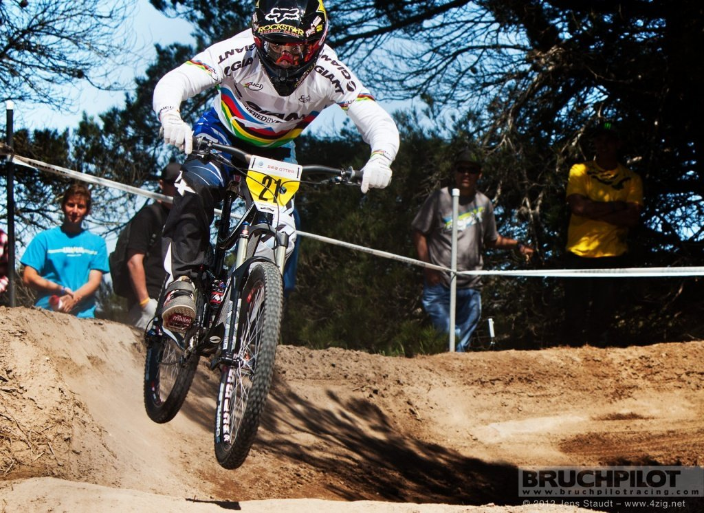 Sea Otter Danny Hart Sea Otter 2012 Downhill Finals close