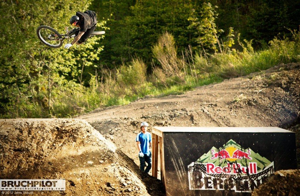 Andreu flat tabletop - Red Bull Bergline