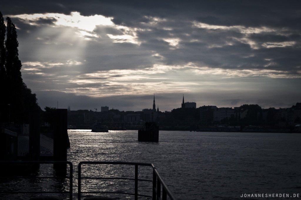 Abenddämmerung Hafen