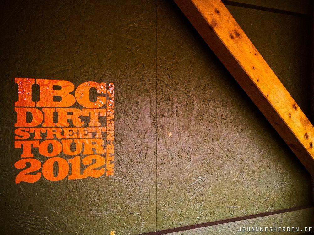 Frisch angekommen: Die IBC-Toursticker!