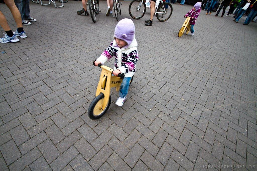 Auch die Kleinsten scheinen schon Canyon Bikes zu fahren