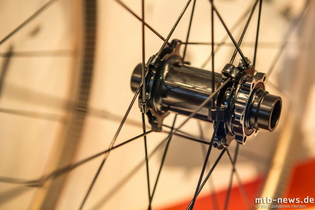 Eurobike 2012 - Formula löst Probleme mit schleifenden Scheiben ...