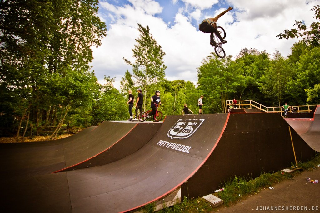 BMX-Local - Tuck Nohand