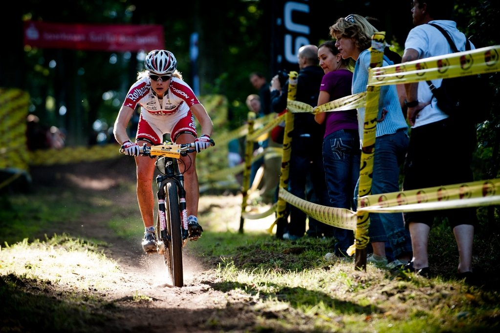 Women Hanna Klein downhill fast by Maasewerd