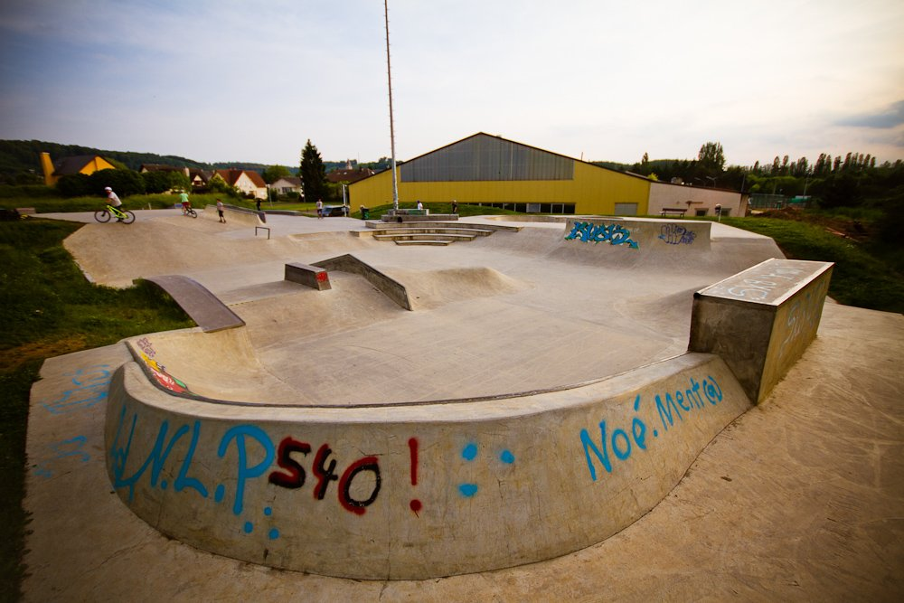 "17 - Der ""Red Rock""-Skatepark in Schifflange"
