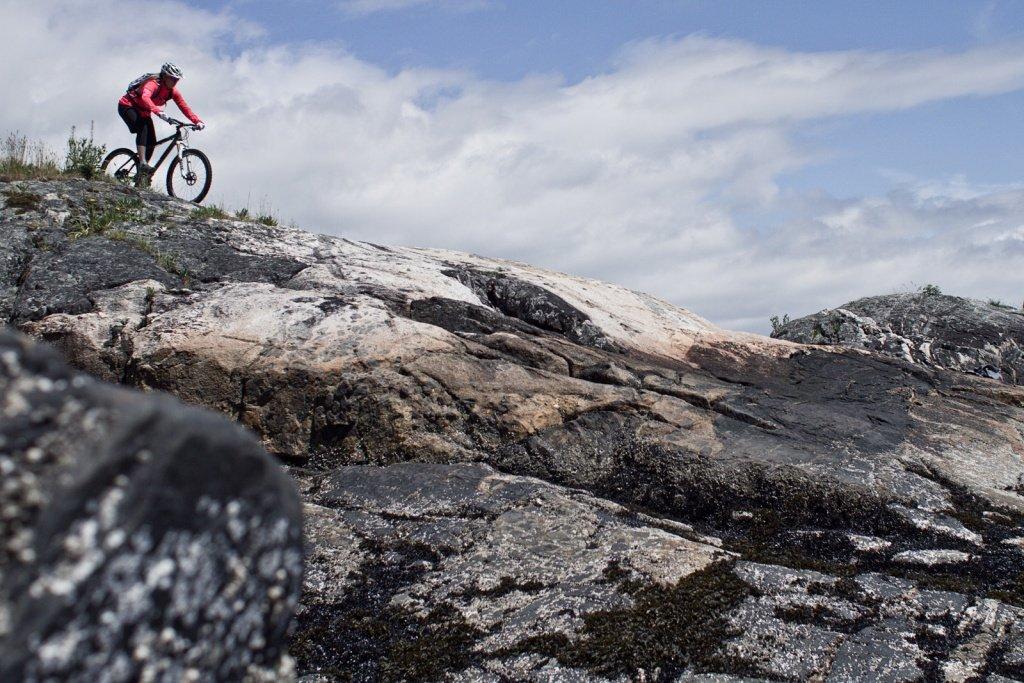 Micayla Gatto: auch auf dem Touren-Bike unterwegs - Pic by Derek Dix