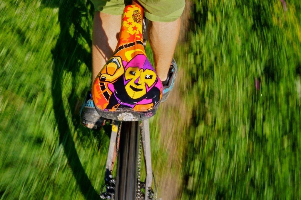 Die flache, lange Nase erlaubt trotzdem das Rad zu lenken.