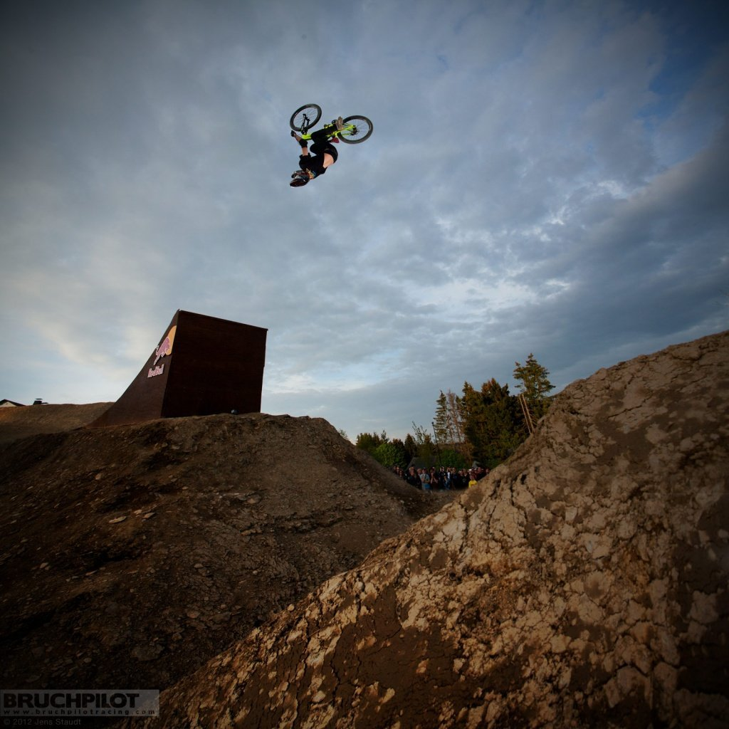 Stepdownflip - Red Bull Bergline 6x6