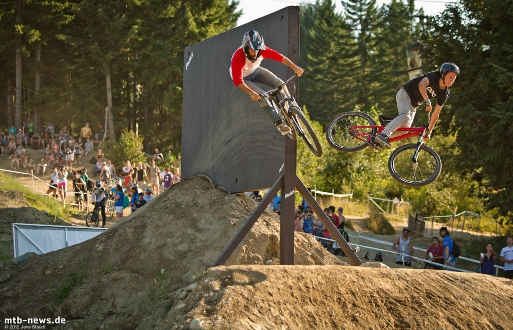 Whistler Crankworx Speed and Style - Wallstyle