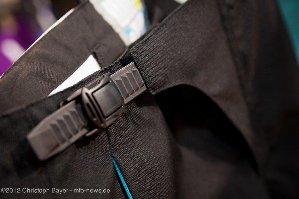 ein DH-Hosen üblicher Verschluss bei der Avalon Short