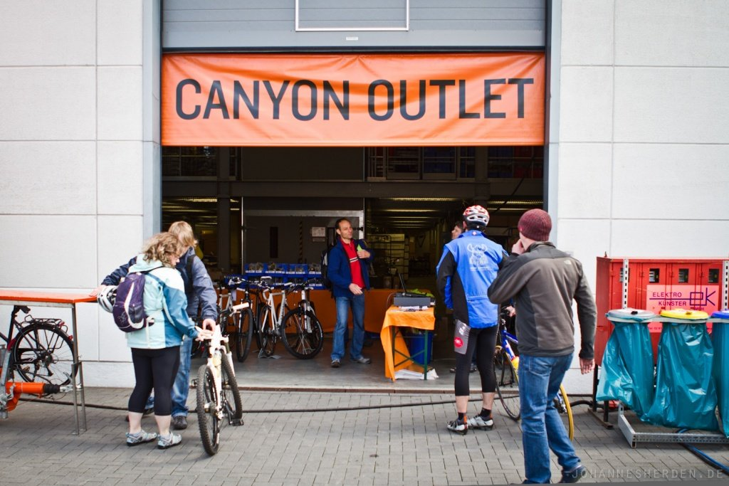 Canyon Outlet