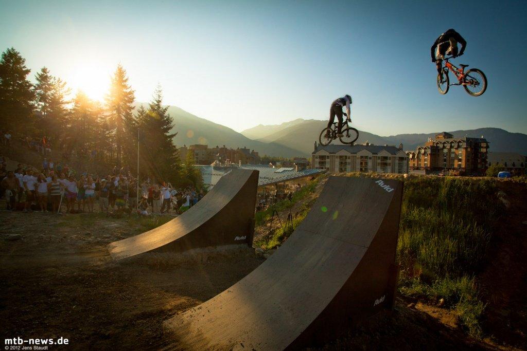 Whistler Crankworx Speed and Style - Doppelpack in den letzten Sonnenstrahlen