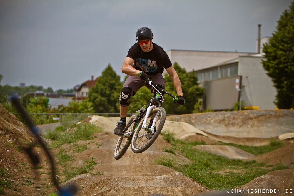 Hannes auf der Pumptrack-Runde