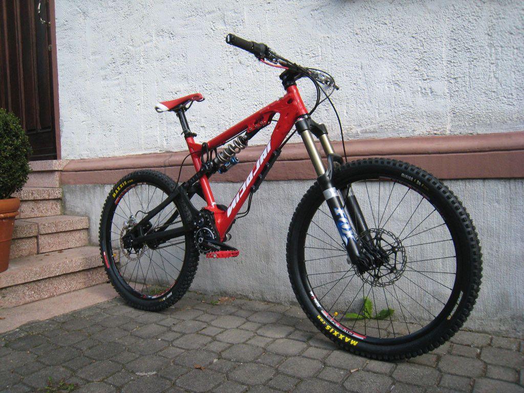 frames vivid kustom bikes