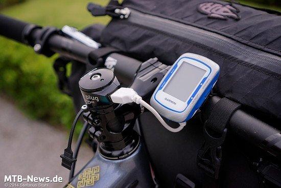 USB-Schnittstelle unter der Aheadkappe - praktisch für Radreisende