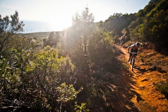 Die Küsten-Trails nahe dem Camping-Platz PuntAla