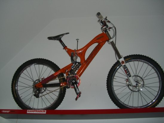 SantaCruz V10