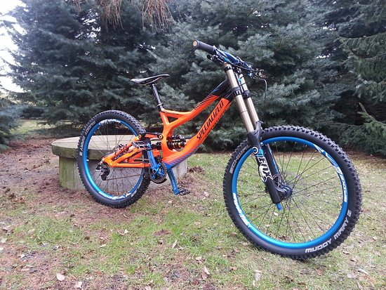 Specialized Demo 8 TLD Edition