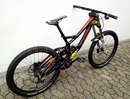 aa8a7b68d78 Foto: Specialized S-Works Demo 8 Carbon Troy Lee Desig…