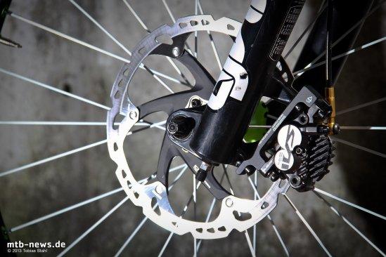 Shimano Saint Disc Brake 2013-12