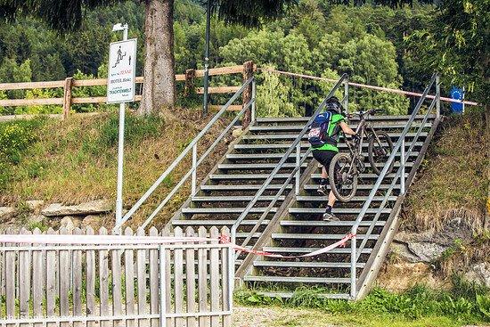 16 Stufen mussten die Teilnehmer nach dem Uphill hinauf sprinten.