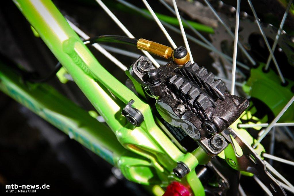 Shimano Saint Disc Brake 2013-8