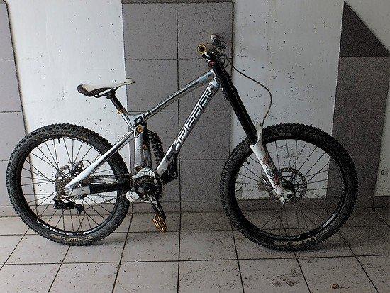 Lapierre DH 920