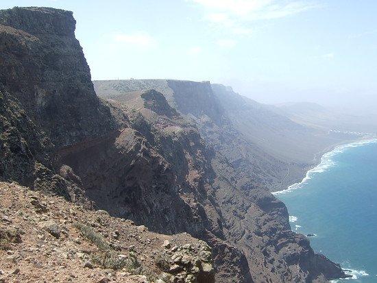 Lanzarote_Steilküste 1