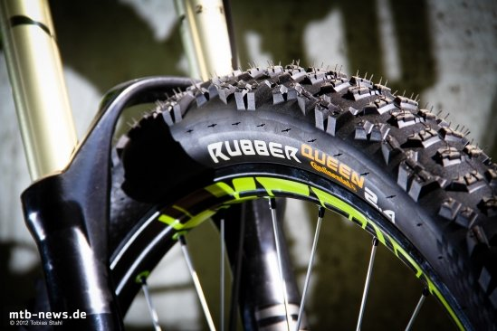 Continental Rubber Queen 2.4 - Review