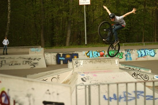 Nils Berger - Tuck NoHand