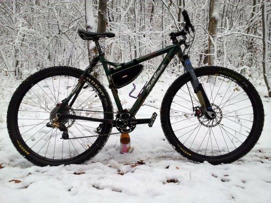 Dos Niner in snow