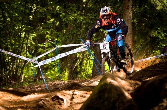 Julien Camellini lässt die Bremsen offen