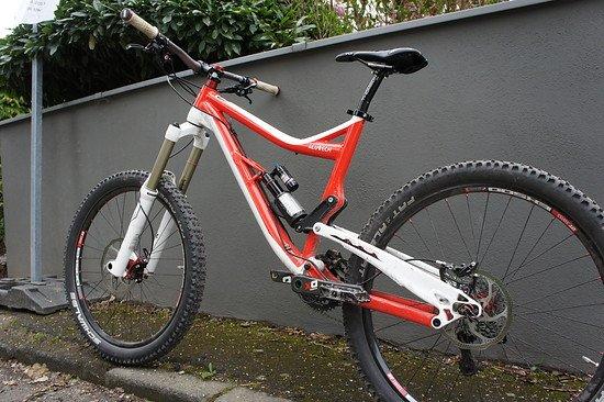 Das perfekte Allroundbike: Alutech Fanes 3.0