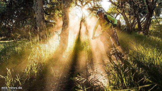 Fort Ord: mit dem Attack Trail durch die Abendsonne