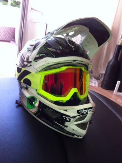 Helm 004