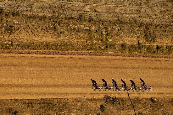 Je früher der Morgen desto länger die Schatten - Gary Perkin-Cape Epic-SPORTZPICS