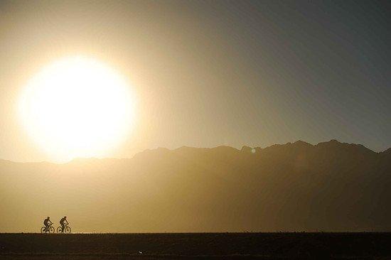 Scherenschnitt vor dem Mount Witzenberg - Kelvin Trautman-Cape Epic-SPORTZPICS
