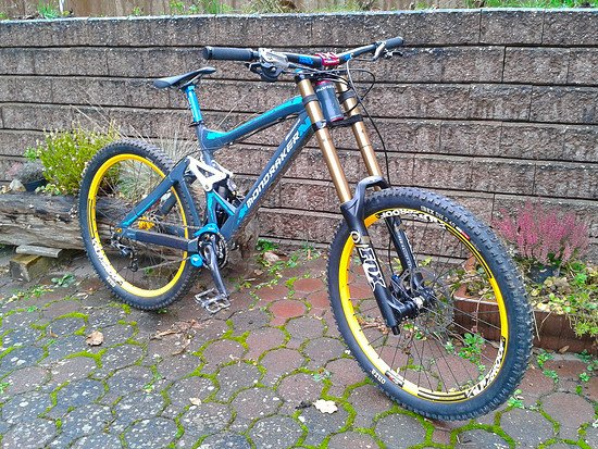 Mondraker Durham 2010 Custom by Reducer, alias Pekoll MS WC Bike  62° LW 16,85kg