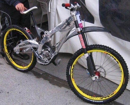 Honda2005