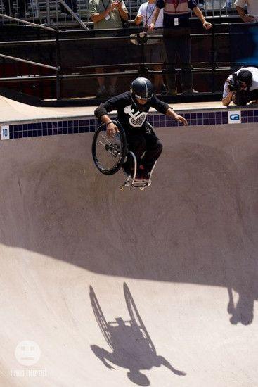 22872 wheelchairpooljump