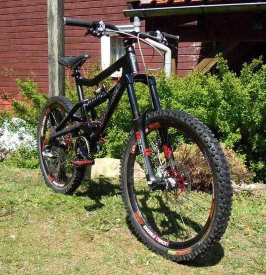 012-SANTACRUZbullit-05.2011-08web 1305885216