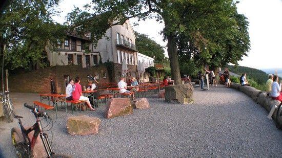 Königstuhl Aussichtsplattform mit Biergarten