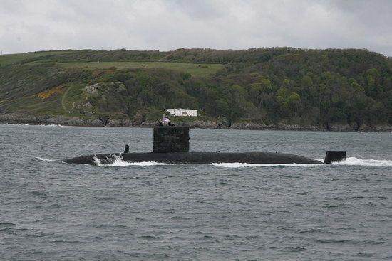 Englisches Uboot vor Plymouth