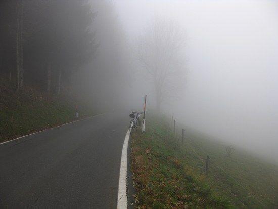Auffahrt im Nebel