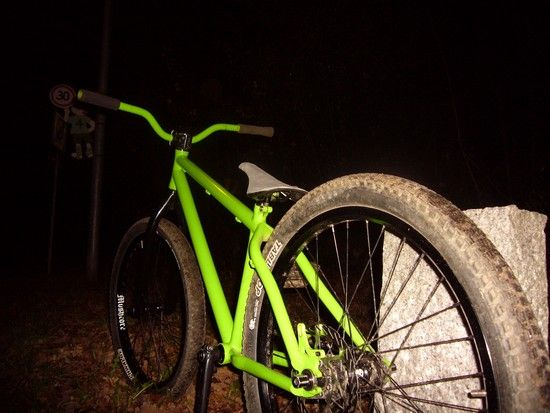 Erstes Fahrrad.